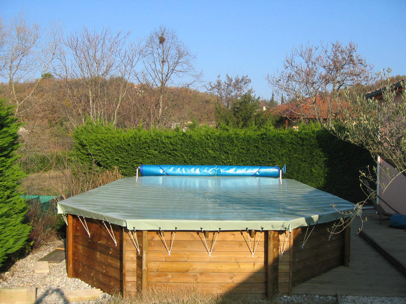 B che hiver sp ciale piscine hors sol for Piscine hors sol bache