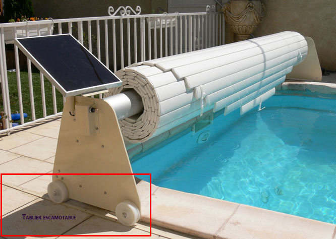 Volet roulant automatique piscine ronde ou ovale avec for Transformer une piscine